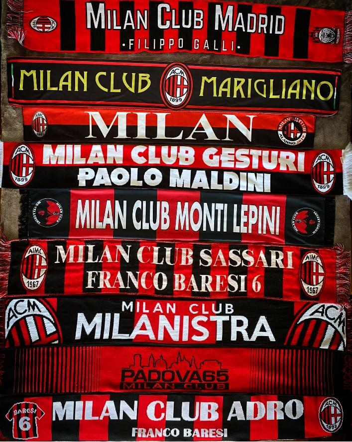 Alcuni sciarpe del nostro gemellaggio con altri Milan Club