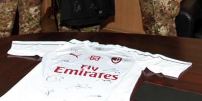Dopo l'Afghanistan anche in Kosovo, il Milan Club Arta Terme per beneficenza!